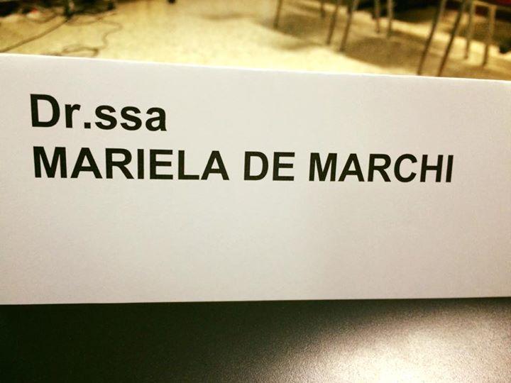 Mariela De Marchi, non dottoressa ma competentessa